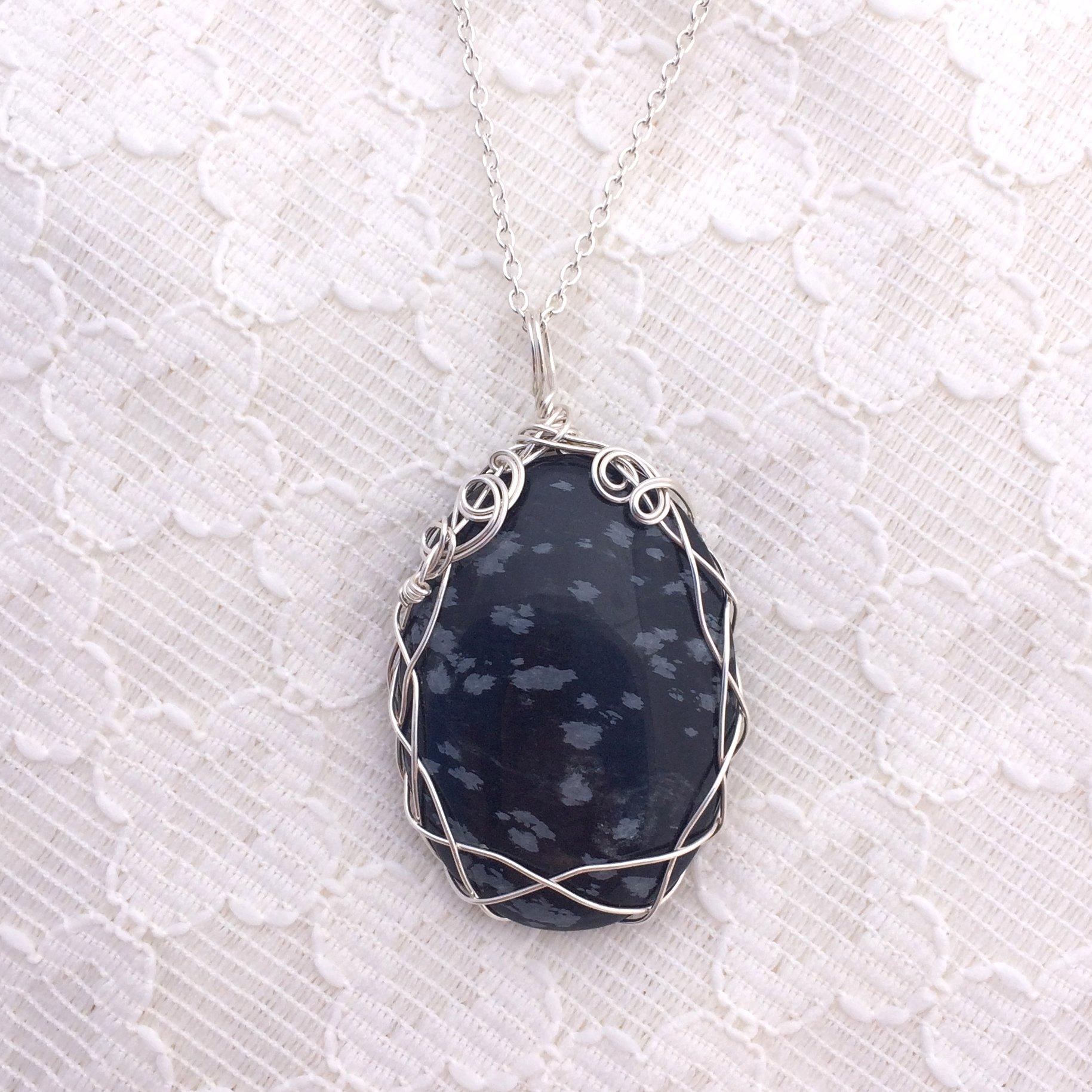 obsidian-pendant
